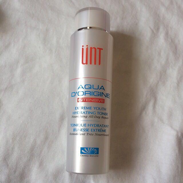 [全新]UNT 頂級玻尿酸保濕賦活露(清新)150ml