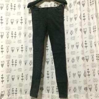 黑刷色仿牛仔褲