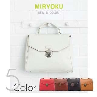 Miryoku 白色方包 肩背 手提 後背包