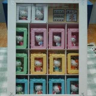 迷你Hello Kitty珍藏版 有在收藏者請直接下標