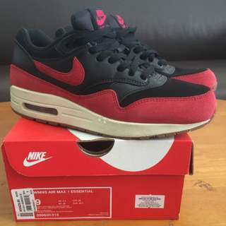 new style f77d1 83c1a Nike Womens Air Max 1 Essential