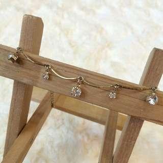 內有5樣商品 飾品 耳環 腳鏈 項鍊