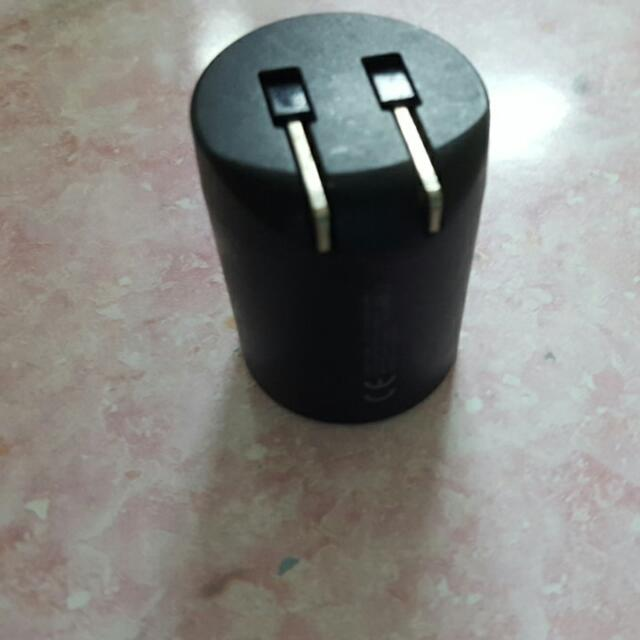 旅行充電插頭