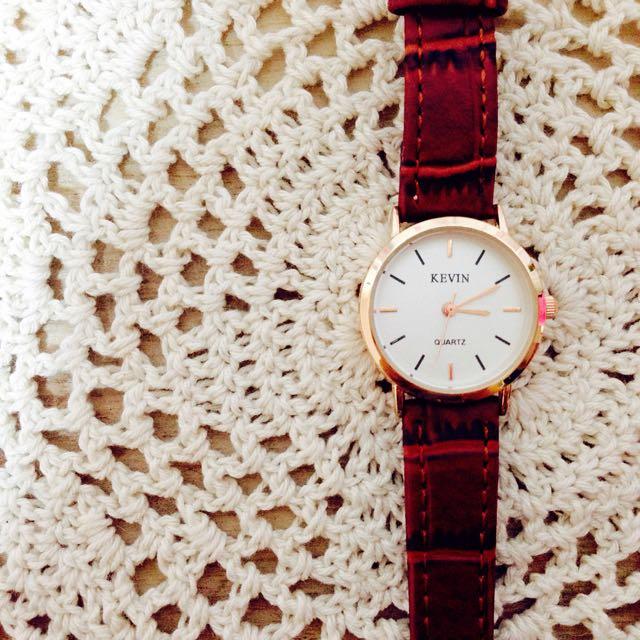 經典棕帶圓錶