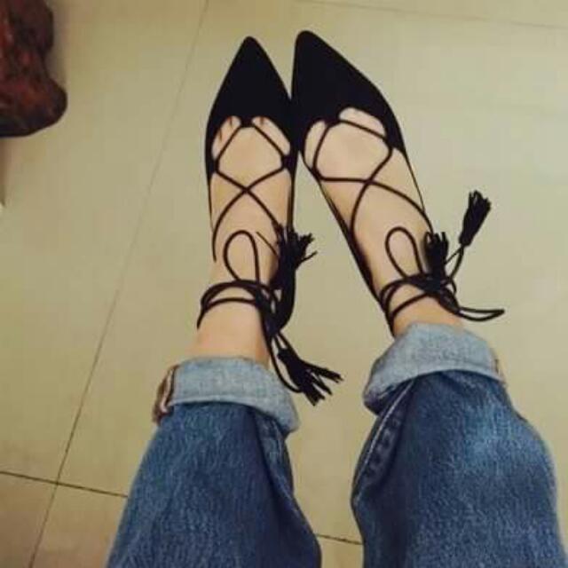全新流蘇綁帶尖頭鞋
