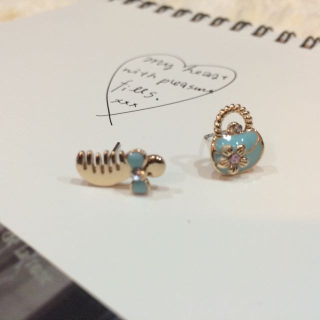 內有5樣商品 飾品 耳環 耳針