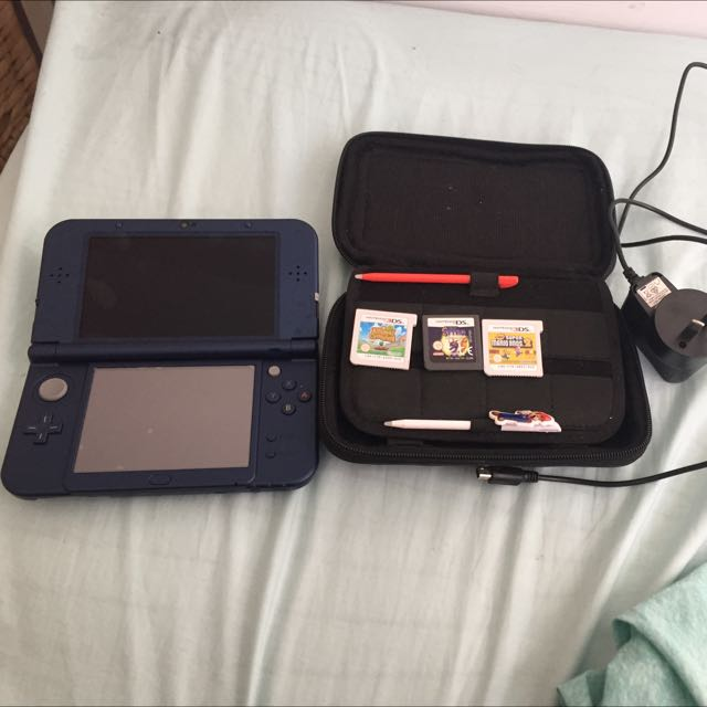 Nintendo 3DS XL Blue
