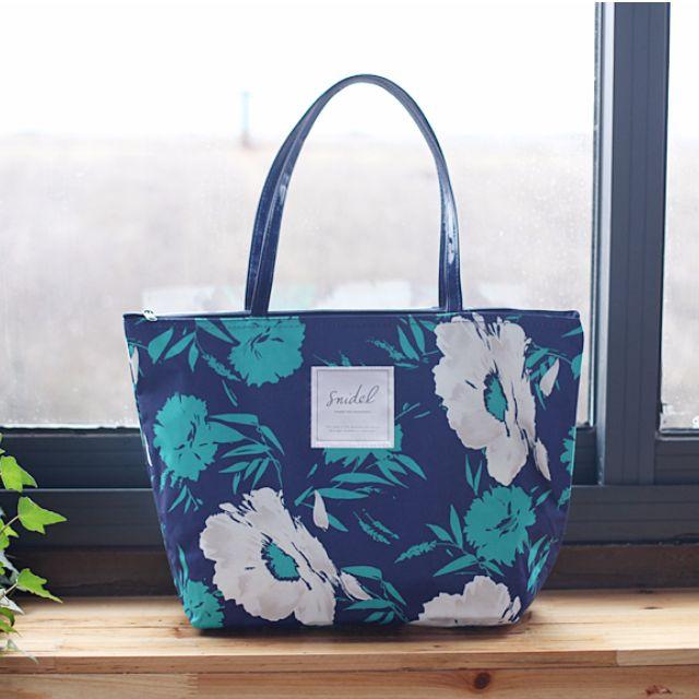 限時特價!日本雜誌包Snidel夏日花朵藍色日雜包肩背包大方包