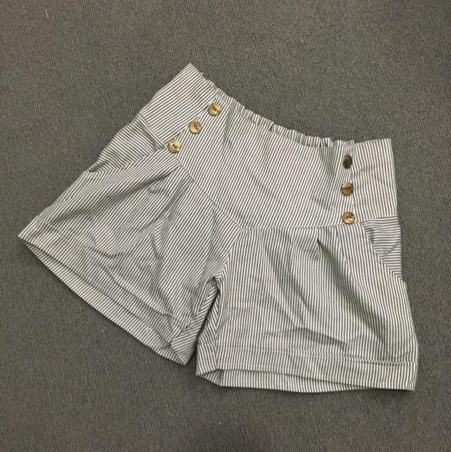✨ Striped Shorts 10