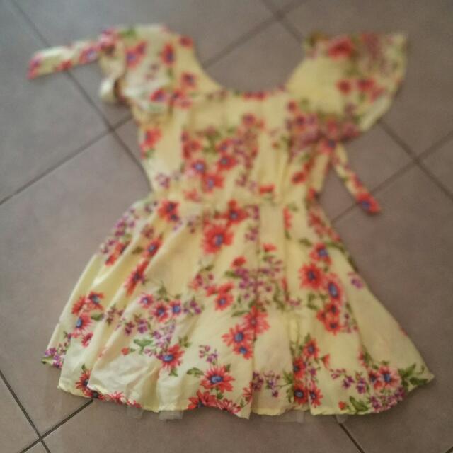 Summer Dress - Size 6