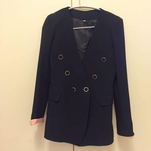 V領排扣撞色袖口類西裝外套