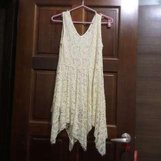 全新米色不規則洋裝
