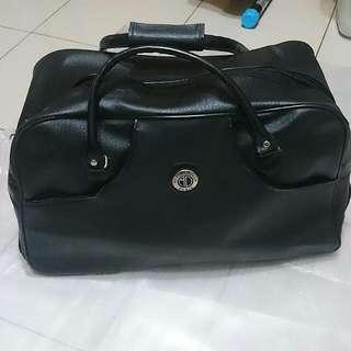 輕旅行-黑色附拉桿可收提| 拉行李箱,方便攜帶 (男女皆可使用)