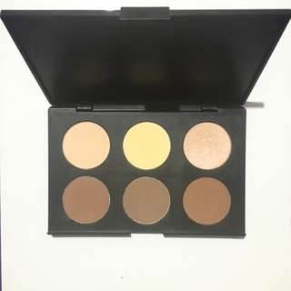 (SOLD PENDING PAYMENT) AC ON TOUR Contouring & Highlighting Kit
