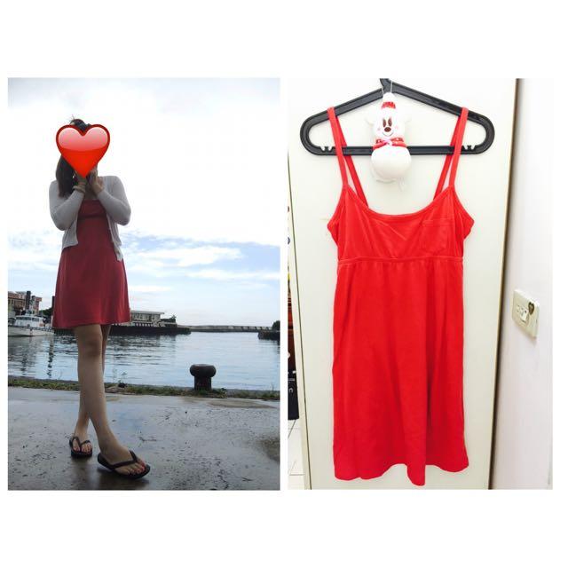 紅色渡假洋裝