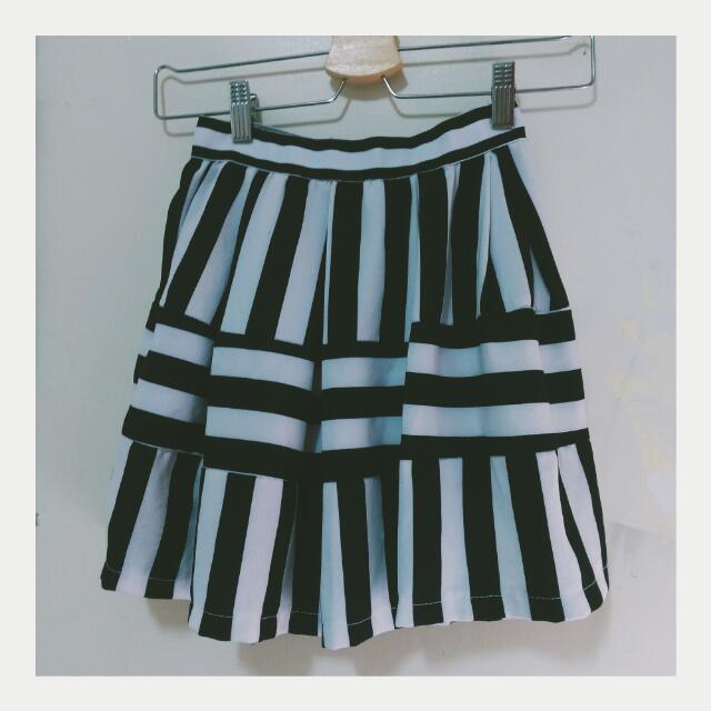 歐美粗條紋短裙