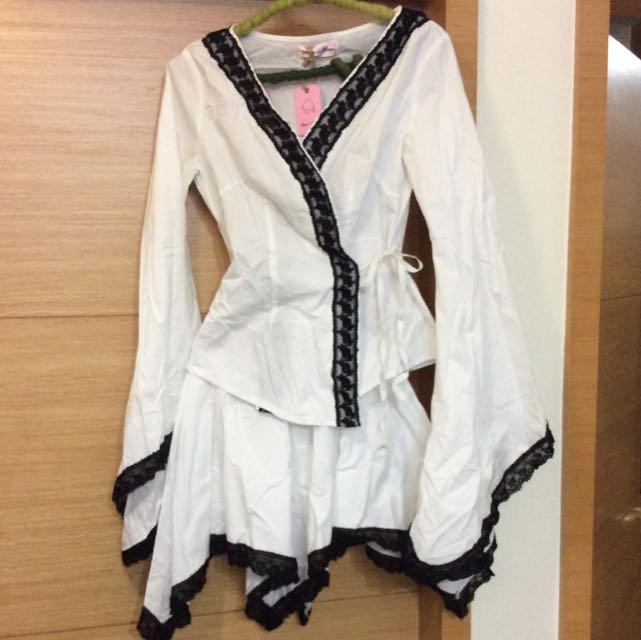 視覺系古典日式不規則水袖和服兩件式附頭飾