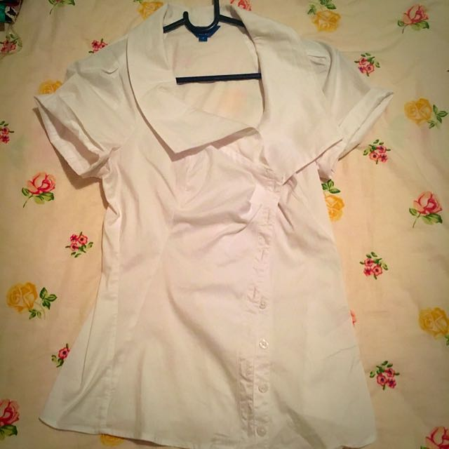 CUE white Fitted Blouse Top Size 8