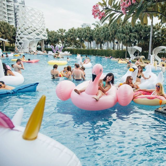 Float Pool Party Everything Else On Carousell
