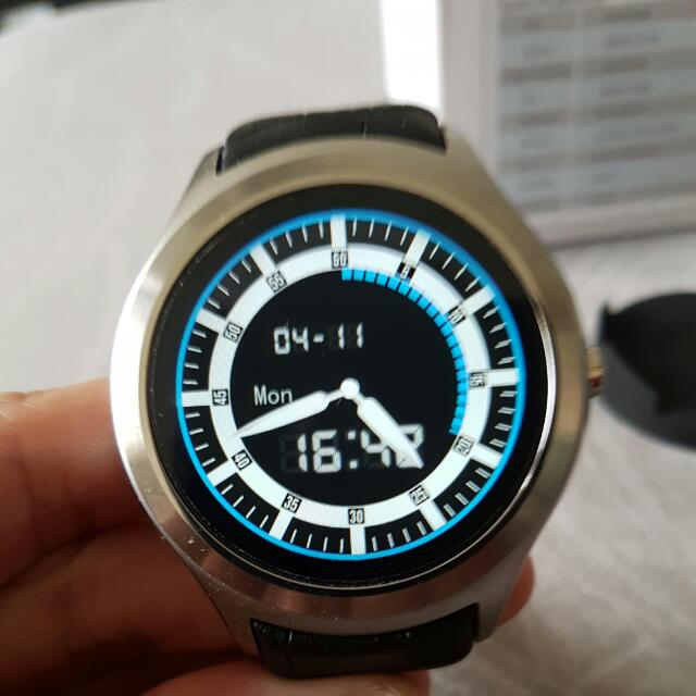 Like New No 1 D5 Android Smart Watch 3G SIM (with Google