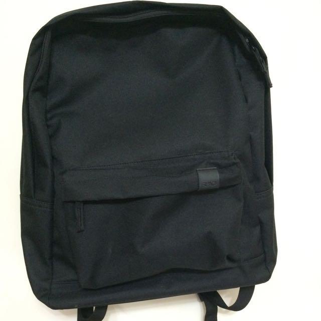 SPAO 黑色大容量後背包