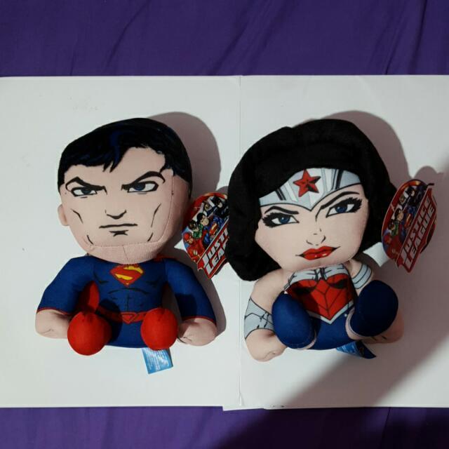 superman and wonderwoman