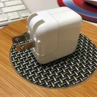 iPad iPhone 12w USB電源轉接器(大豆腐)