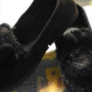 兔耳朵毛毛造型鞋