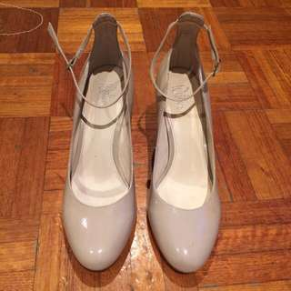 Patent Leather Heels Size 38 (7)