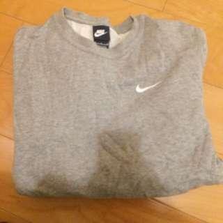 Nike大學T(m號)