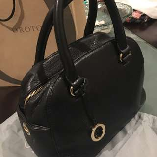 Oroton Genuine Leather Medium Handbag