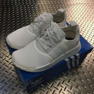 Adidas NMD R1 全白 男段 保證正品 台中ㄧ中可面交