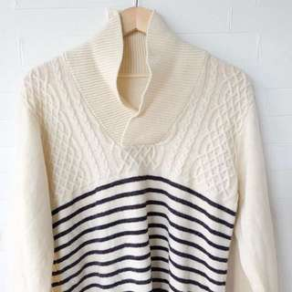 White Cable Navy Stripes