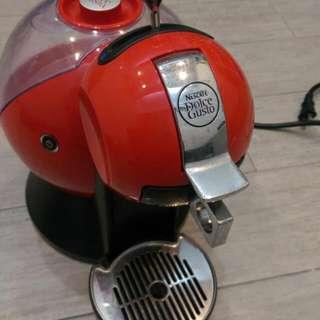 雀巢膠囊咖啡機,只要一個,鍵簡單喝杯好咖啡