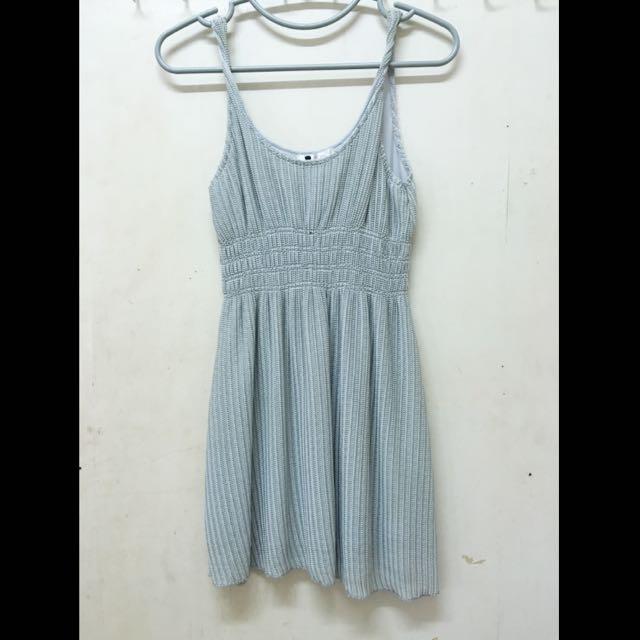 7-8成新‼️灰 縮腰 扭轉細肩帶小洋裝