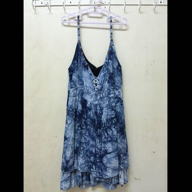 7-8成新‼️渲染 藍 胸前綁繩 縮腰 小洋裝 含肩帶全長78cm