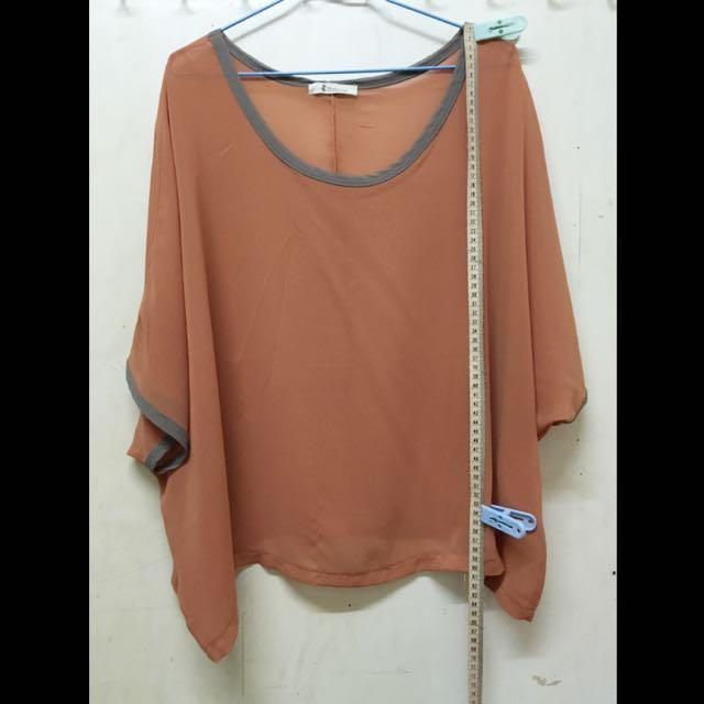 8-9成新‼️橘雪紡罩衫 全長60cm