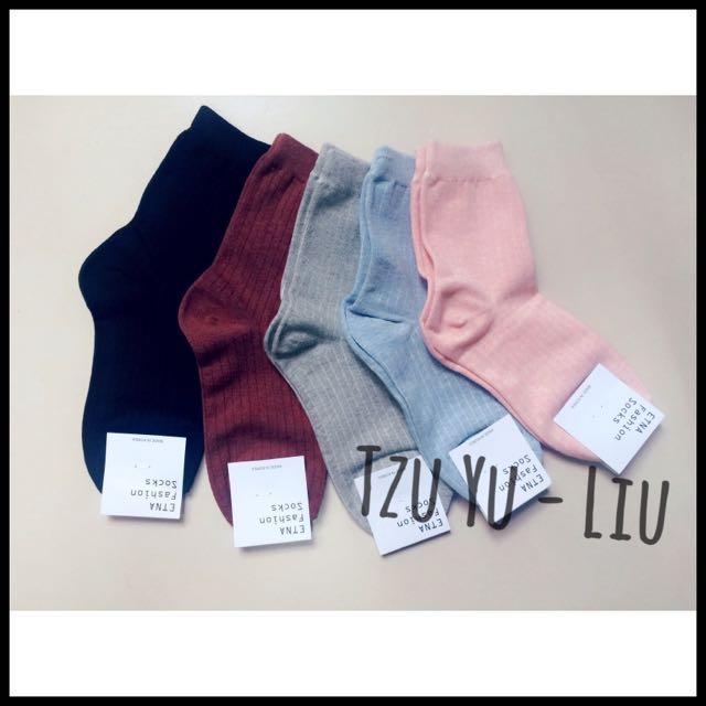正韓 韓襪組五雙🎈韓國襪  13色 素色襪 糖果襪 中筒襪