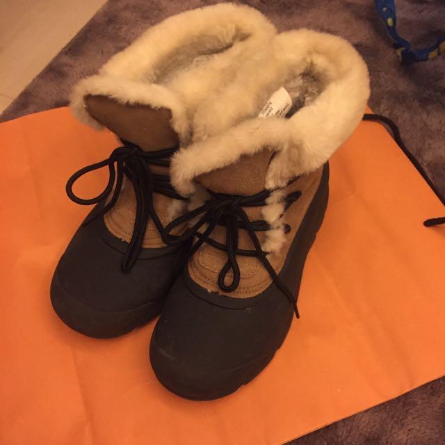 阿拉斯加買的雪靴
