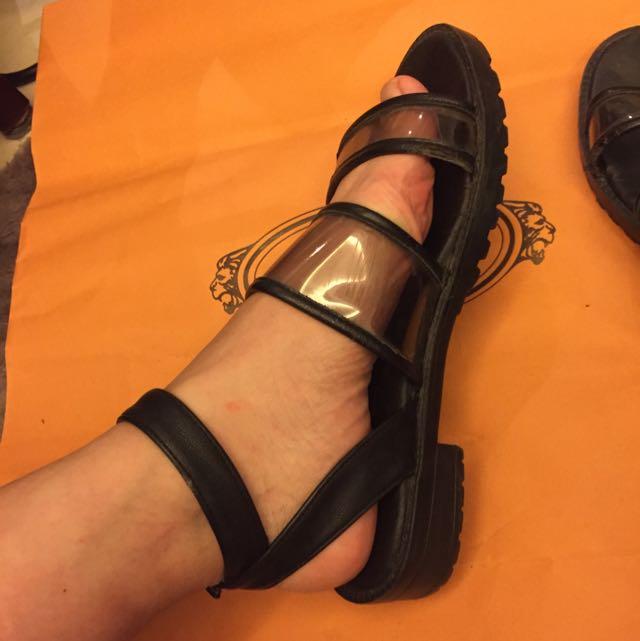 透明黑色涼鞋