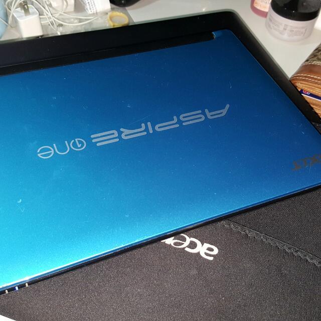 Acer Aspire One D255E  MEMORY 1GB, HD :250GB