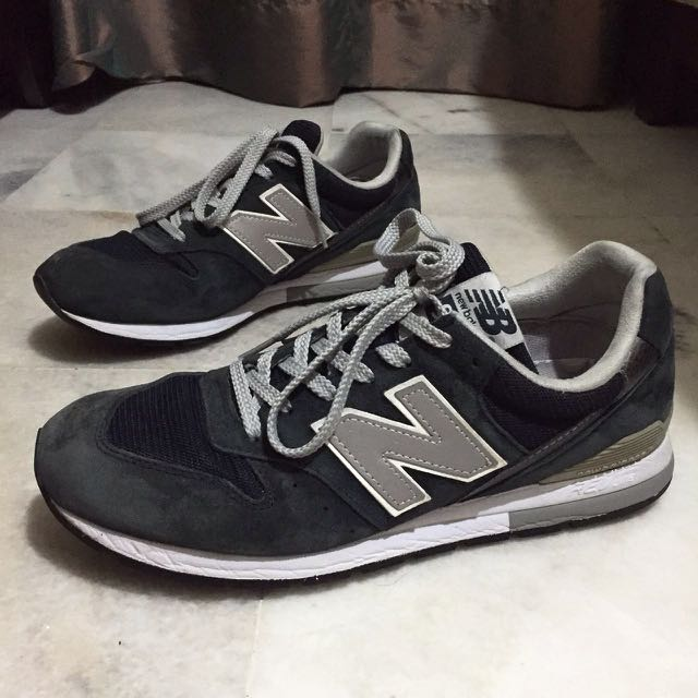 Authentic New Balance 996 (suede)