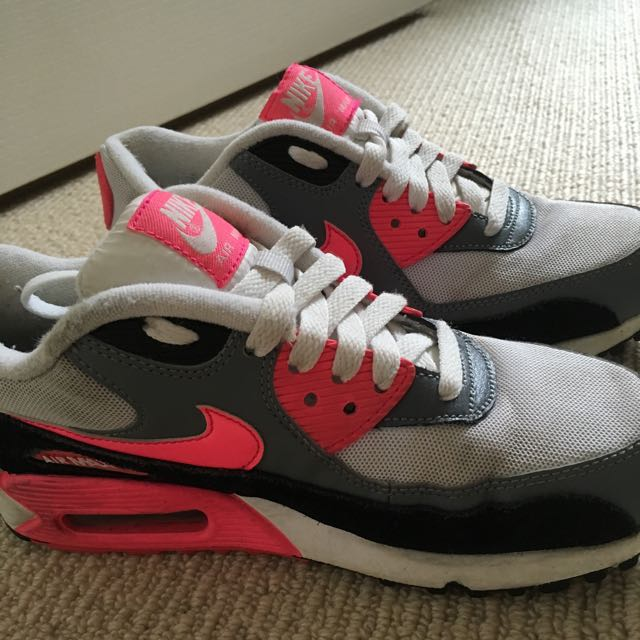 Pink And Black Air Max Nike
