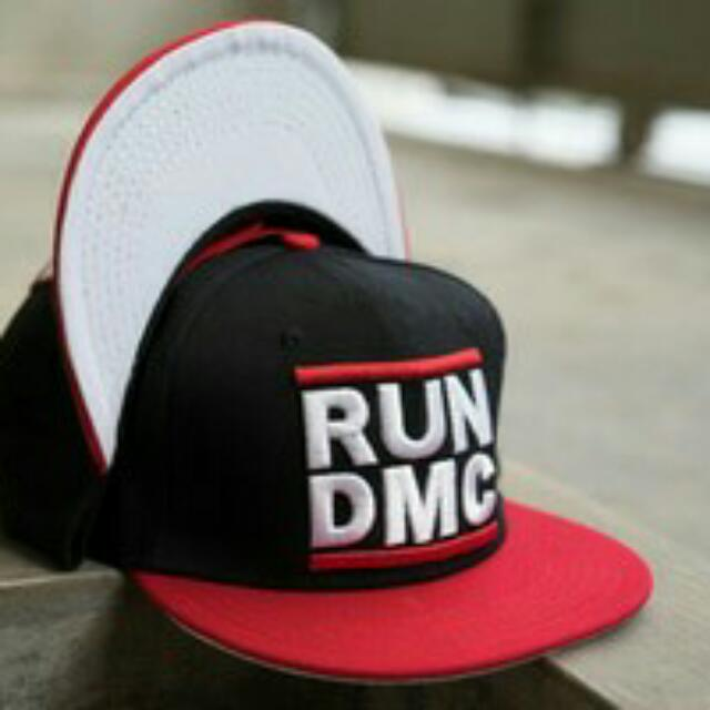 Topi Run DMC Hiphop Black