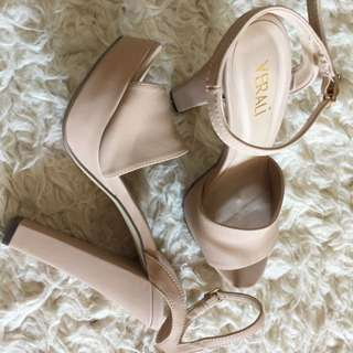 Women Shoes (bought From Freelance) Size 8,5
