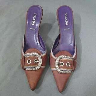 PRADA 尖頭跟鞋
