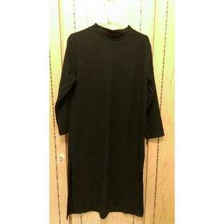 黑色直條微領開叉長裙