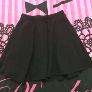 Flowy Black Skirt
