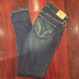 Hollister jeans X2 Available