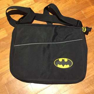(USED) Batman L Messenger Bag